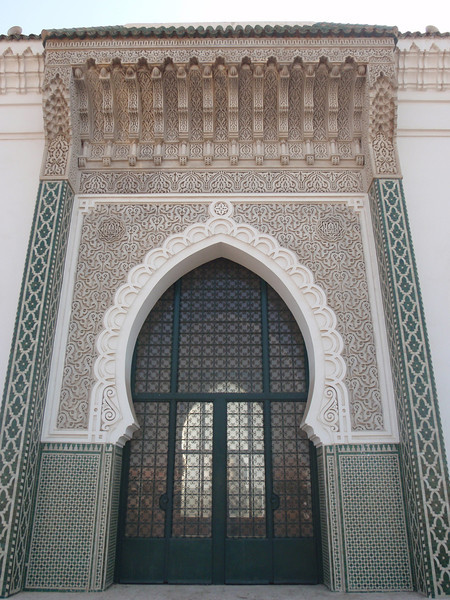 036_Dakar. The Big Mosque. Sophisticated Stuc Ornamanetation.jpg