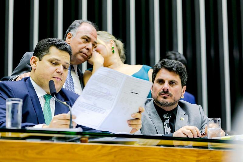 28082019_Plenario Camara - Sessão Congresso_Senador Marcos do Val_Foto Felipe Menezes_14.jpg