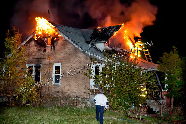 Detroit 4170 Manistique vacant dwelling