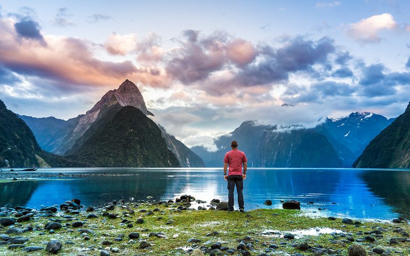 selfie-milford-sound-new-zealand.jpg