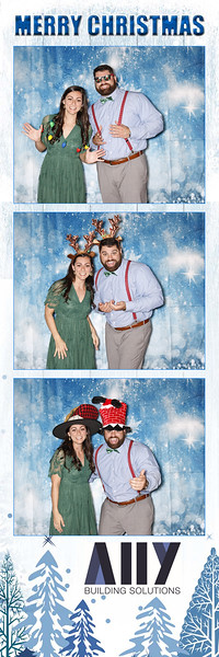 2018 ALLY CHRISTMAS PARTY BOOTH STRIPS_13.jpg