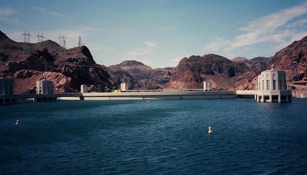 TRAVEL-Las Vegas, Hoover Dam [1996]--Bahamas-[1999]