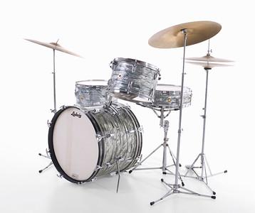 Ludwig Sky Blue Pearl Downbeat