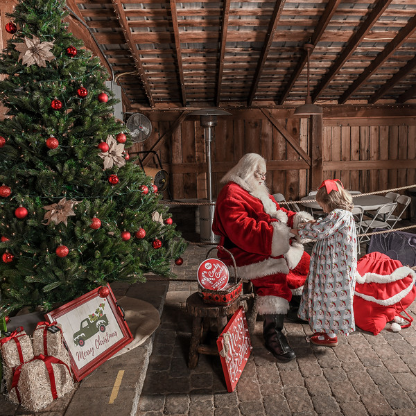 Santa2019-158.jpg