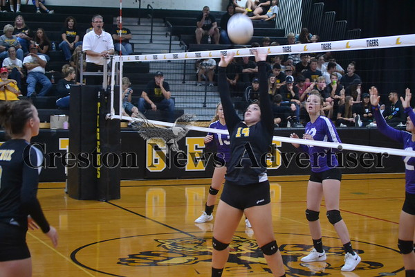 10-3 Lenox-Nodaway Valley volleyball