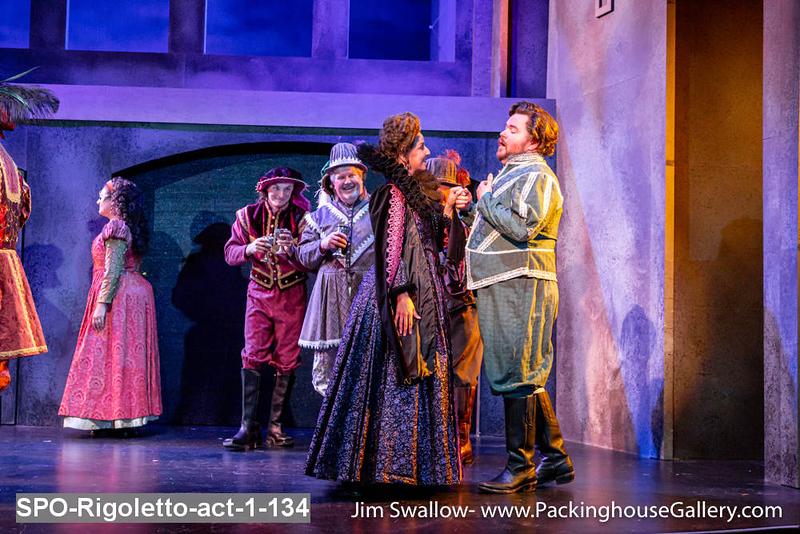 SPO-Rigoletto-act-1-134.jpg