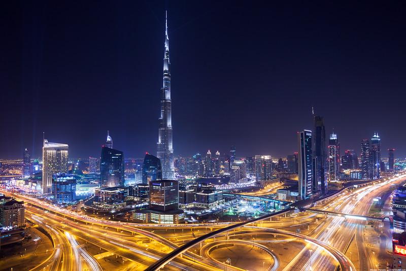 Burj-Khalifa-2736x1824.jpg