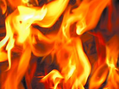fire-destroys-tire-shop-in-flint