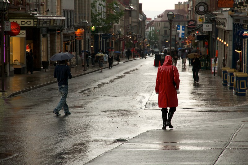 Rainy day, Rue Saint-Jean. Quebec City, Canada.