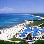 cancun_pool_aerial.jpg