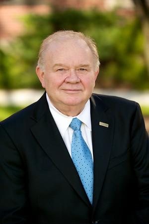 Mr. Douglas Heesten