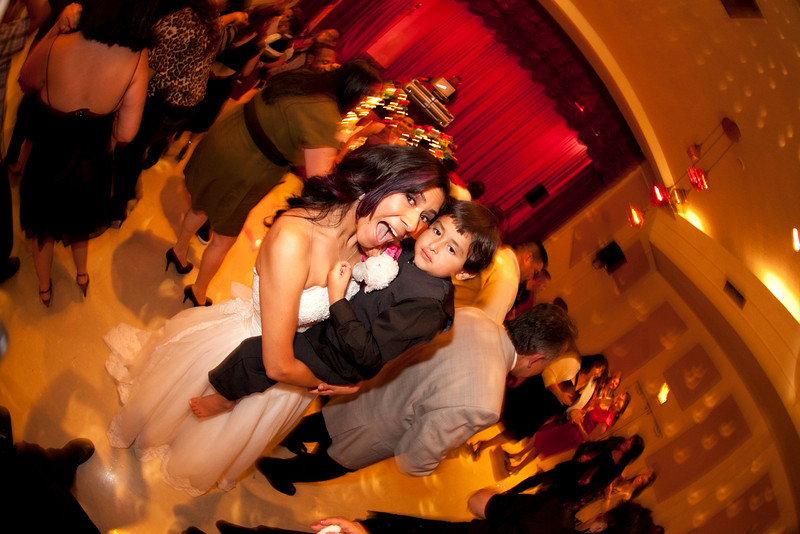 2011-11-11-Servante-Wedding-794.JPG