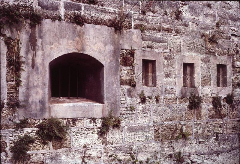 1985 10 Bermuda 3.jpg
