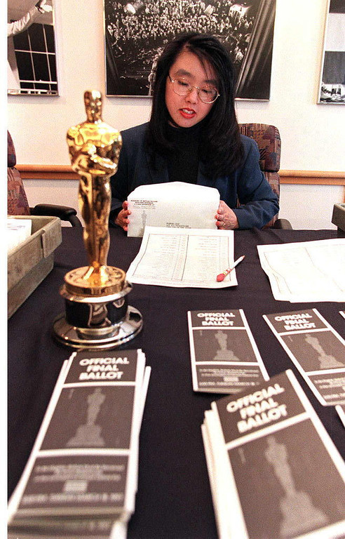 . Claire Chang, a representative of the Academy of Motion Picture Arts and Sciences, prepares the final Oscar ballots for mailing to members of the academy 04 March who will decide this year\'s winners of the Academy Awards.  The Oscar show will take place 24 March in Los Angeles.  HECTOR MATA/AFP/Getty Images