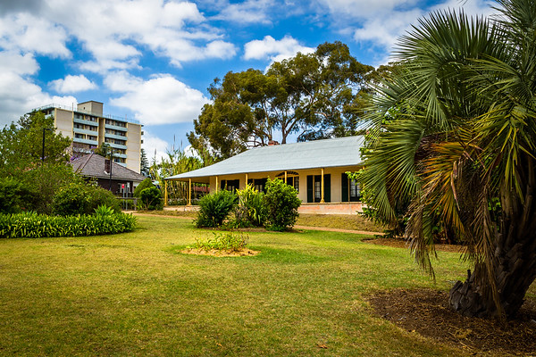 Parramatta : Experiment Farm