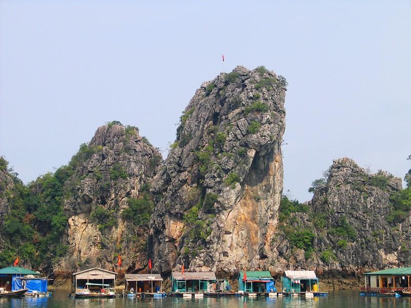 Ha Long Bay (130).jpg