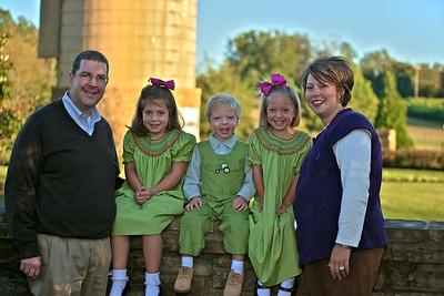 Dye Family (October 19, 2009)