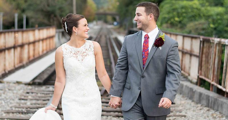 Cover-Bride-Groom-Walking-photo.jpg