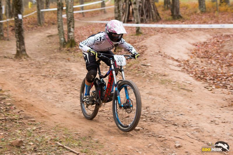 2015-mtb-collegiate-national-dh-317.jpg