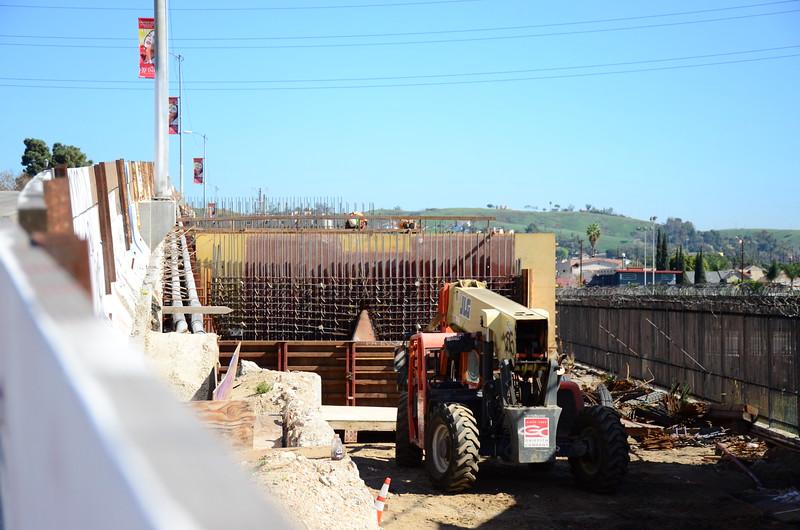 2015-02-09_Bridge Construction_1_24.JPG