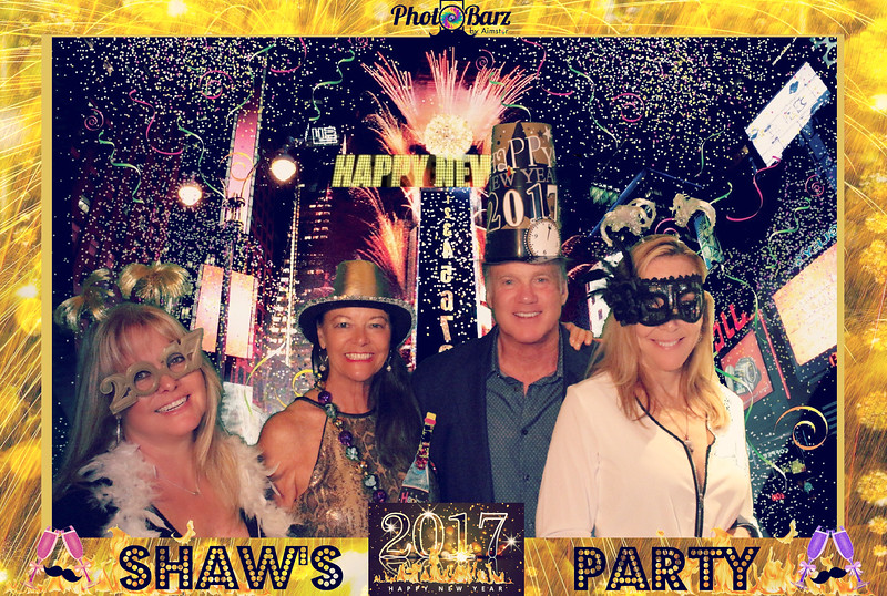 Shaws NYDay Party (42).jpg