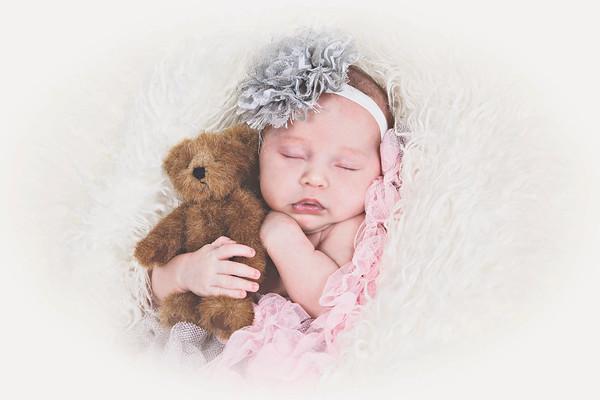 Eliana Mae Newborn