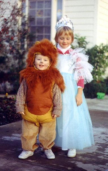 andrew and tatum halloween 2.jpg