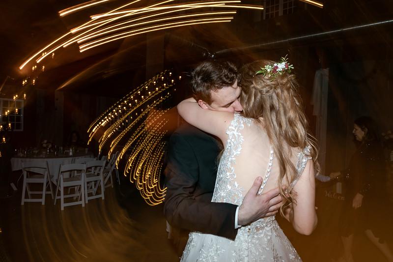 Logan_Sarah_Wedding_Rock_Ridge_Orchard_LLC_Edgar_Wisconsin_November_10_2018-360.jpg