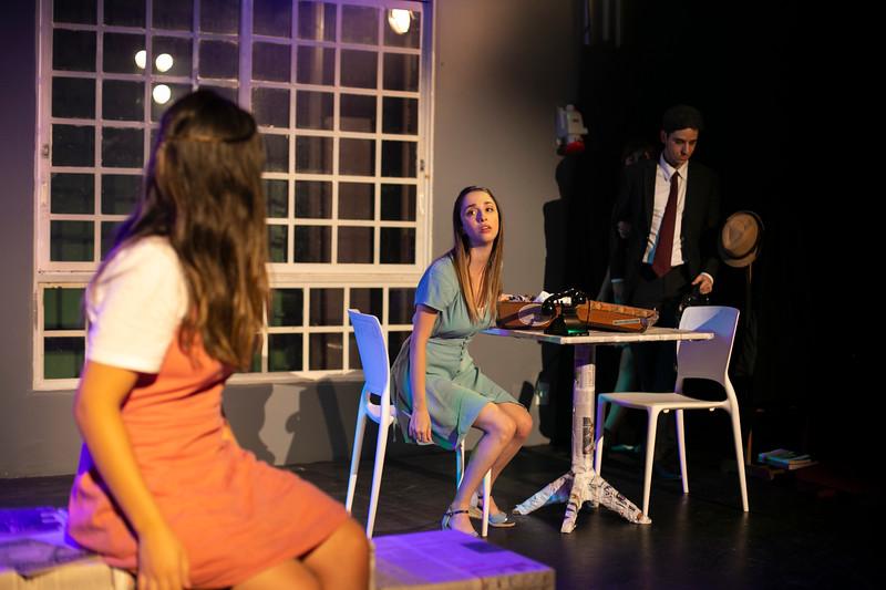 Allan Bravos - Celia Helena - O Beijo no Asfalto-1163.jpg
