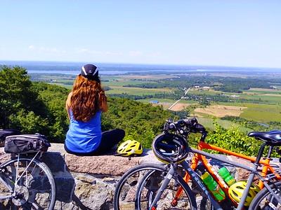 Canada: Québec Montréal to Ottawa Laurentians Bike
