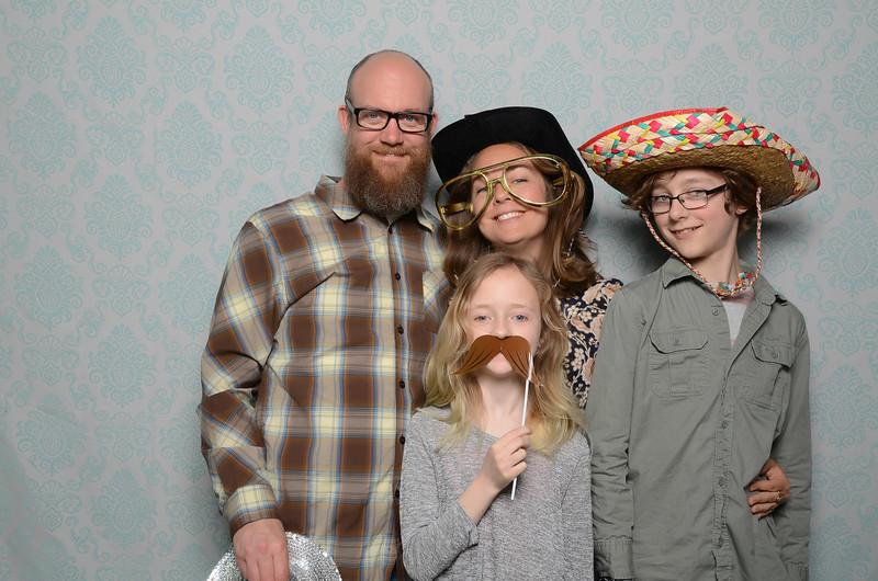 Tacoma photobooth New community church ncc-0344.jpg