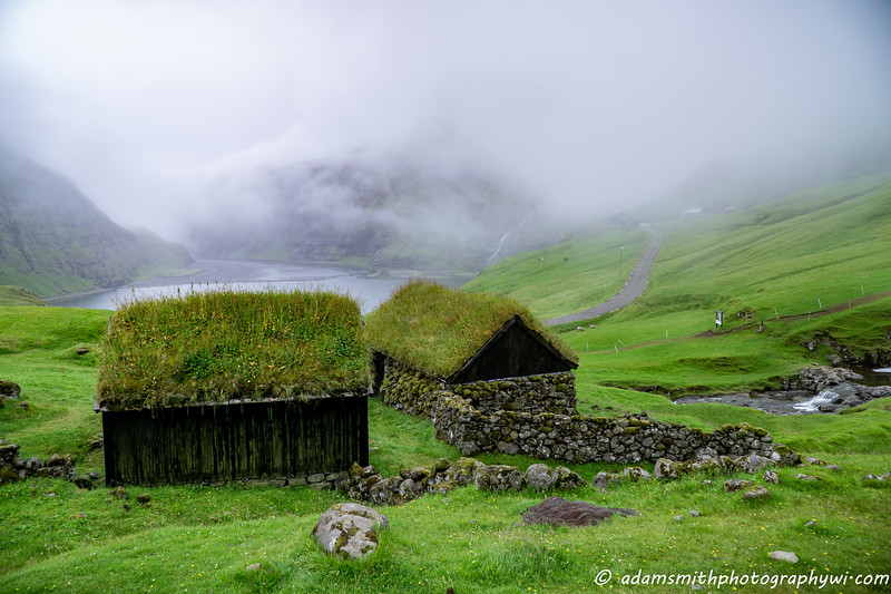 Faroe_islands_Saksun-3.jpg