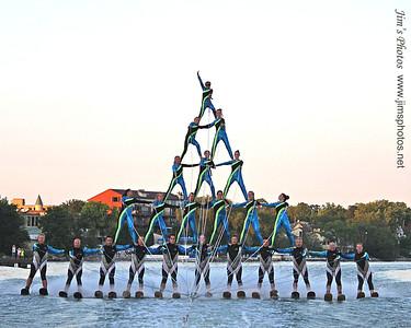 Mad-City Ski Team - First 5 High Pyramid