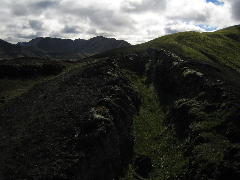 1079 - Crevice.jpg