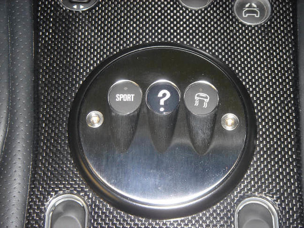 quest button 001R.jpg