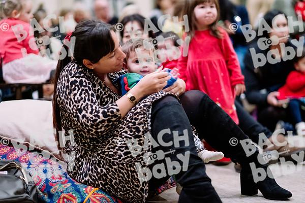 © Bach to Baby 2019_Alejandro Tamagno_Regent's Park_2019-12-13 006.jpg