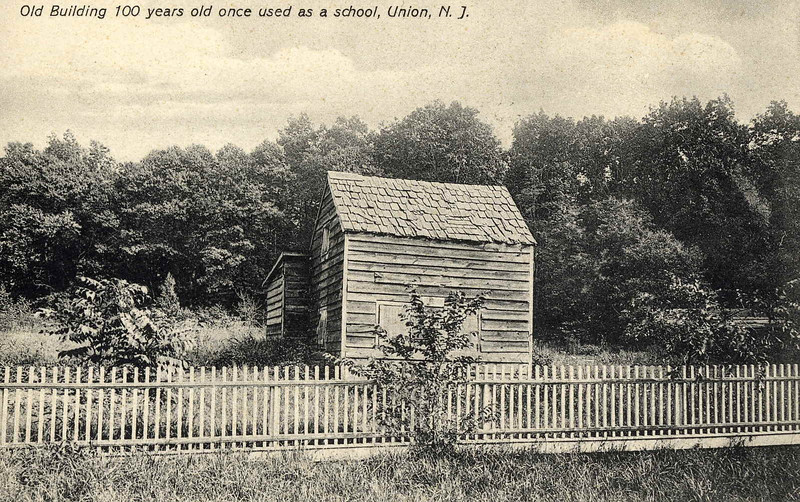 This small building is thought to be a very early school house. We think that could have been where the first Connecticut Farms Sunday school was held. Records indicate that Mary Potter started the sunday school in her father's corn crib in1808. Mary Potter was a member of the Potter family that first settled here in 1701 and still maintains a 1700's house on Colonial Ave.