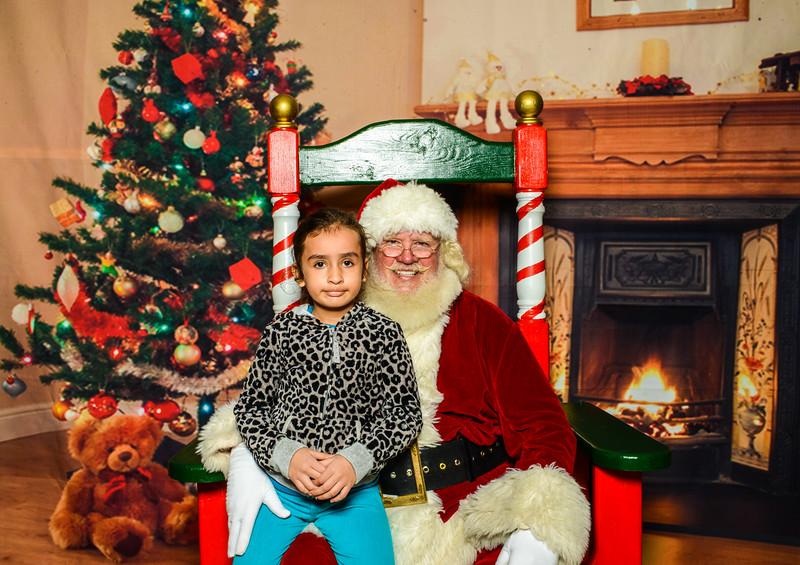 Elmore Santa-7546.jpg