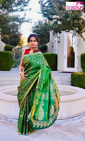 Saris - The six yards of pure grace and elegance !!