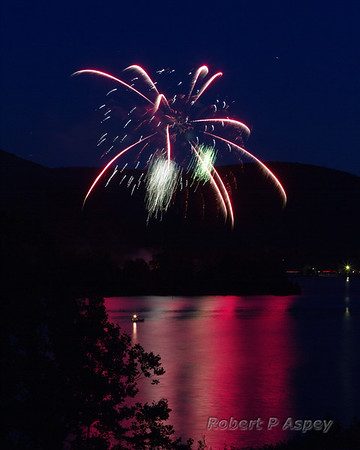 Ive's Run Fireworks 2014