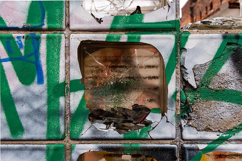 Green Broken Glass Brick