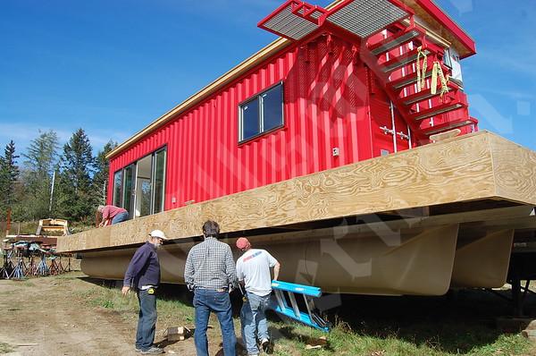 Steely Ann houseboat