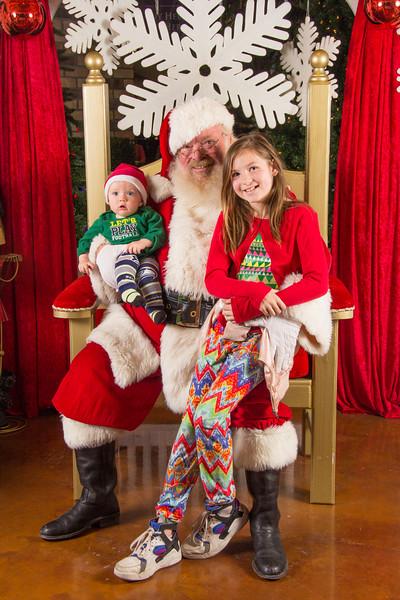 Santa 12-16-17-204.jpg