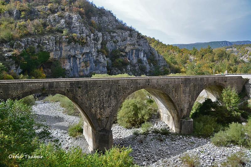 zaguria bridge1.jpg