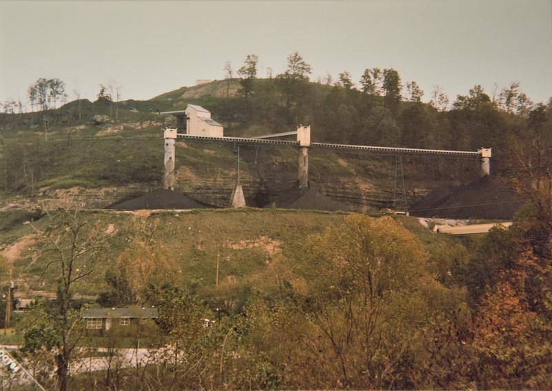 Deep mine and tipples near Hazard