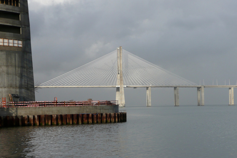 Ponte Vasco da Gama. Lisbon