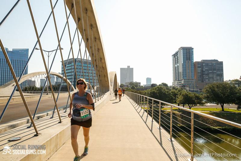 Fort Worth-Social Running_917-0393.jpg
