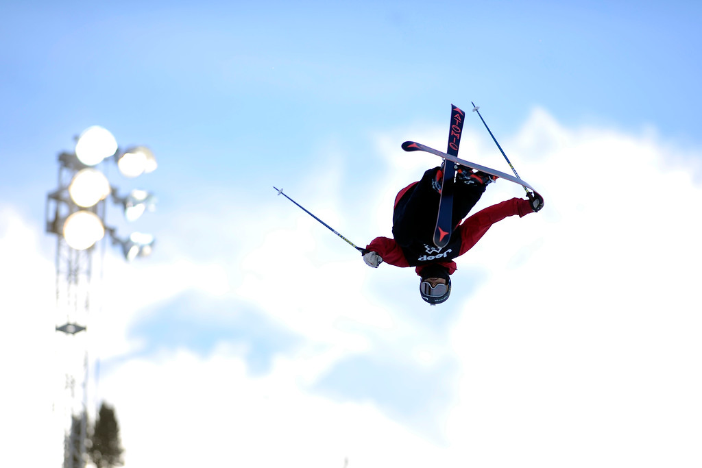 . ASPEN, CO. - JANUARY 25:  Gus Kenworthy goes inverted on his third run at the Ski Superpipe Men\'s Finals at Winter X Games 2015, Sunday, January 25.  (Photo By Mahala Gaylord/The Denver Post)