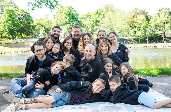 Gold Family - 2017