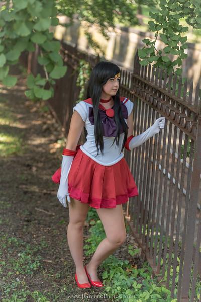 Caroline-SailorMars-9.jpg